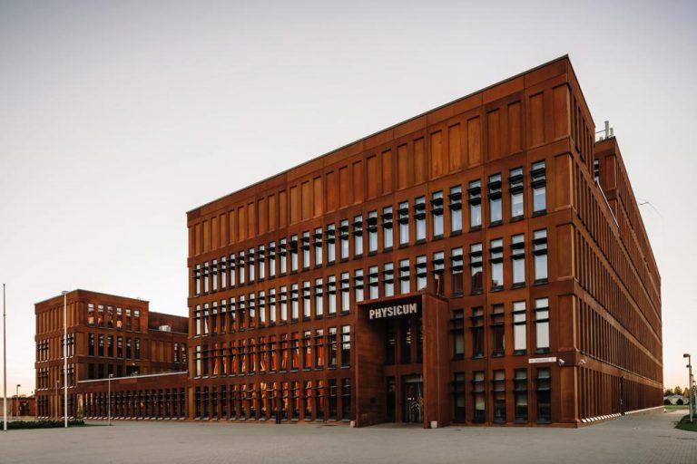 Tartu Ülikooli Füüsika Instituut / arhitektuur Kadarik Tüür Arhitektid